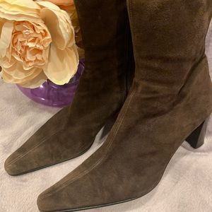 Aquatalia Marvin K suede boots